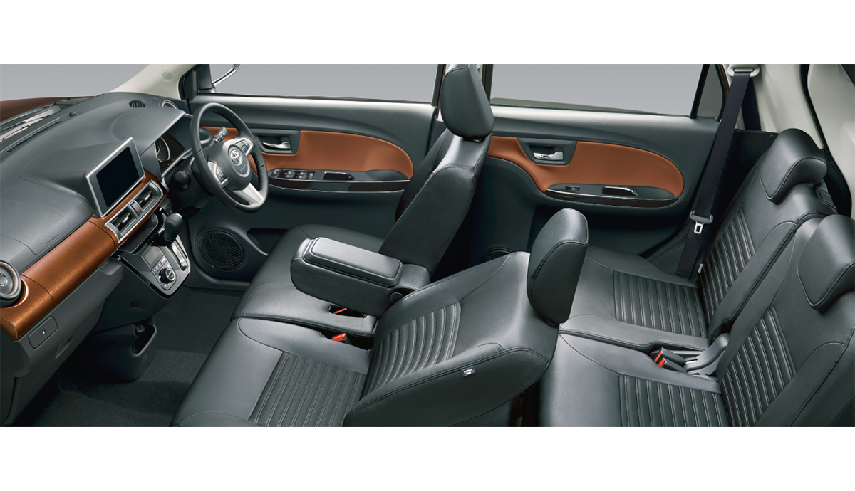 carlineup_pixisjoy_interior_seat_2_15_pc