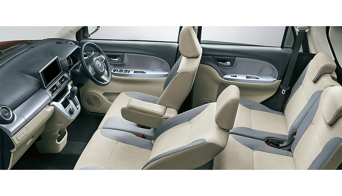 carlineup_pixisjoy_interior_seat_2_03_pc